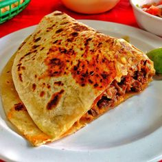 Reynosa tiene taquerías y restaurantes populares muy agradables para ir a disfrutar de la comida Tex-mex.  #Reynosa #Mexico #Tamaulipas #food #foodporn #foodie #foodpicoftheday #foodpic #foodgasm #instafood #yummie #meal #refreshment #delicious #homemade #crepe #helping #cake #lunch #dinner #vegetable #bread #tasty #meat #healthy #pastry #sweet