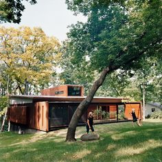edstrom-house-back-yard-swing