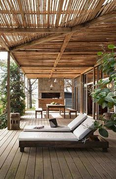 a stunning beach house in punta del este, uruguay by the style files. Love that pergola Outdoor Areas, Outdoor Rooms, Outdoor Living, Outdoor Decor, Outdoor Office, Outdoor Seating, Gazebos, New York Loft, Shade Structure