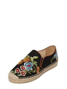 Trendy Shoes, Casual Shoes, Shoes Sneakers, Shoes Heels, Espadrille Shoes, Dior, Embroidered Silk, Summer Shoes, Me Too Shoes