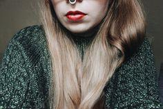 The Perfect Red ~ dontbearunaway, Lipstick, Lush, Lush Power, Lush Make Up, Lush Lipstick