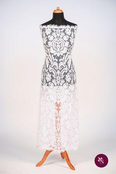 Broderie albă pe bază din tulle rezistent de aceeași nuanță. Broderie cu design baroc realizat din fir lucios alb. Modelul broderiei este amplu, desfășurat pe întreaga suprafață a materialului. Broderia poate fi utilizată pentru confecționarea rochiilor de ocazie și a altor articole vestimentare. Lace Skirt, Skirts, Model, Design, Fashion, Embroidery, Moda, Skirt