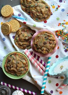 Birthday Cake Chocolate Chip Cookies | Cookies and Cups. Ingredients: butter, dark brown sugar, eggs, vanilla, baking soda, salt, cake mix, flour, sprinkles, chocolate chips, Birthday Cake Golden Oreos