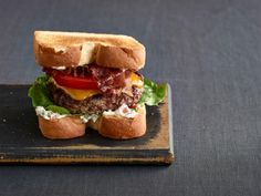 BLT Burgers with Bacon Mayonnaise Recipe :