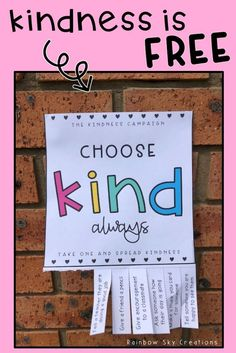 Spread a little more kindness in your classroom, school or community with this freebie. Teach your students that kindness can be simple and fun. This is a kindness challenge for kids that everyone can take part in. Each poster has a kindness quote and a l Kindness Projects, Kindness Activities, Teaching Kindness, Kindness Matters, Kindness Quotes, World Kindness Day, Social Emotional Learning, Social Skills, Kindness Bulletin Board
