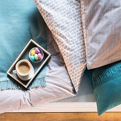 Raus aus den Federn oder doch liegen geblieben? Bei den kuschelweichen Bettwäsche-Sets von Hessnatur ist das eine schwere Entscheidung.