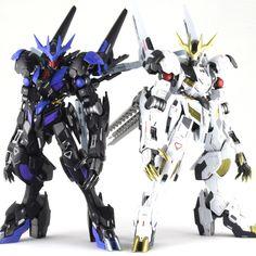 "Custom Build: FM Gundam Barbatos Lupus Rex ""Black and White"" Arte Gundam, Gundam Wing, Gundam Art, Robot Concept Art, Robot Art, Gundam Vidar, Barbatos Lupus Rex, Blood Orphans, Gundam Toys"