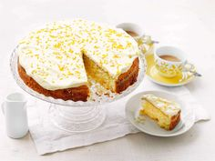 Pääsiäiskakku Vanilla Cake, Camembert Cheese, French Toast, Food And Drink, Pie, Pudding, Cupcakes, Baking, Breakfast