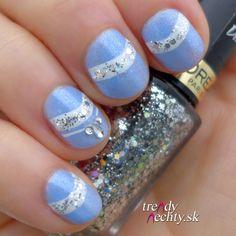 Manicure, Nail Art, Glitter nail, blue polish