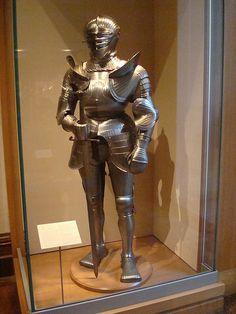 Armadura completa estilo maximiliano - 1490-1520