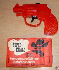 DDR Zündplätzchenpistole mit Munition