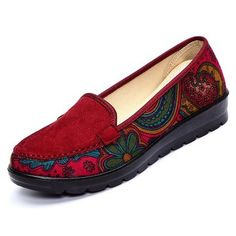 Big Size Women Casual Flat Loafers Slip-on Breathable Shoes Soft Sole Shoes