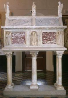 sarcofago del Beato Giacomo Salomoni - 1340 ca. Forlì Musei San Domenico