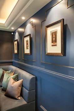 Tauche Dein Wohnzimmer In Ein Wunderschönes Dunkles Blau Oder Anthrazit Mit  Einer Neuen Wandfarbe.