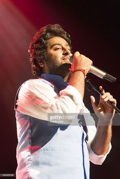 Arijit Singh Performs At Indigo2 In London Pictures