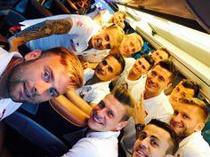 Robert Lewandowski / Fc Bayern München / Poland/ Polish Natinal Team Robert Lewandowski, Football Team, Poland, Selfie, Soccer, Rugby, Sport, Fc Bayern Munich, Football