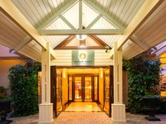 Read real reviews, guaranteed best price. Special rates on Nugget Point Queenstown Hotel in Queenstown, New Zealand.  Travel smarter with Agoda.com. Queenstown Hotel, Gazebo, Pergola, Outdoor Structures, Outdoor Decor, Travel, Home Decor, Homemade Home Decor, Kiosk
