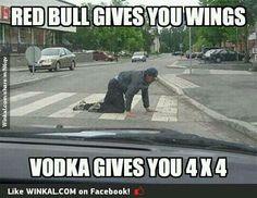 The effects of Red Bull vs Vodka Humor Crossfit, Gym Humour, Fitness Humor, Workout Humor, Fitness Motivation, Exercise Humor, Squat Humor, Drunk Humor, Leg Day Humor