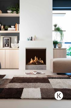 45 Modern Fireplace Ideas, Remodel, and Decor in Living Room – Farmhouse Fireplace Mantels Modern Gas Fireplace Inserts, Contemporary Fireplace Mantels, Farmhouse Fireplace Mantels, Fireplace Mantel Surrounds, White Fireplace, Fireplace Remodel, Living Room With Fireplace, Fireplace Design, Home Living Room