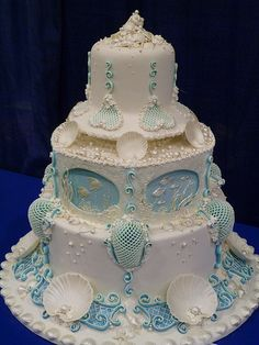 """Jewels of the sea"" Wedding Cake"