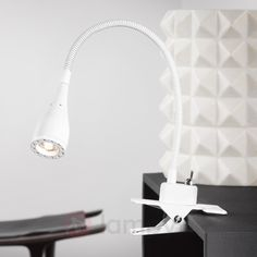 Giętka lampa zaciskowa LED Mento biała 7005800 Applique Led, Lampe Led, Lighting, Home Decor, Van, Boutique, Medium, Table Tray, Modern Table Lamps