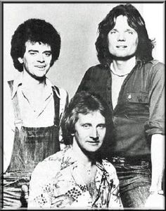 Russell, Graham, And Jeremy In Love And Other Bruises Best Classic Rock, 1970s Bands, Air Supply, Mom And Sister, Nice Person, The Past, Concert, 1990s, Graham