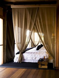 Linen curtains in the bedroom