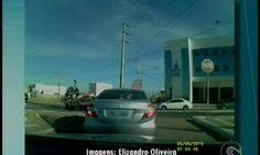 DE OLHO 24HORAS: Vídeo mostra acidente envolvendo dois policiais mi...