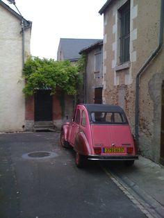 dans un petit village français