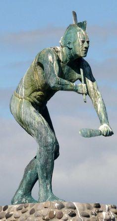 Tangaroa Sculpture by Frank Szirmay - Entrance to Tauranga Harbour, NZ