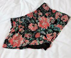 Forever 21 Black Floral Print Knit Flowy Short Shorts Stretchy Waistband SIZE XS #FOREVER21 #MiniShortShorts