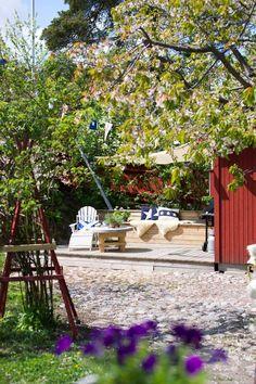 Familjen Wahlströms trädgård i Vaxholm är en riktig idyll