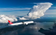 Turkish Airlines 'Travels' Culture to Athens