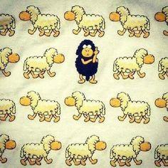 """""""...foi quando meu pai me disse, que eu era a ovelha negra da família..."""""""