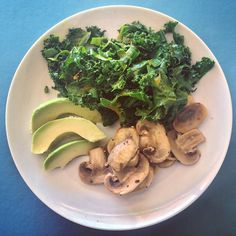 Keeping things simple on this beautiful Sunday morning green and mushroom..
