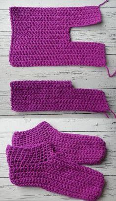 Easy peasy adult crochet slippers – Free Pattern - Home & DIY Easy Crochet Slippers, Knit Slippers Free Pattern, Crochet Slipper Pattern, Diy Crochet, Crochet Baby, Crochet Waffle Stitch, Crochet Stitches, Knitting Patterns, Crochet Patterns