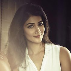 15 Stunning Never-Seen-Before Pictures of Pooja Hegde: The Mohenjo Daro Girl- Pooja White