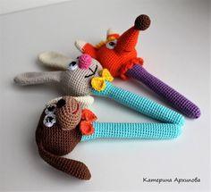 Photo Crochet Bebe, Cotton Crochet, Crochet For Kids, Crochet Toys, Knit Crochet, Newborn Toys, Baby Toys, Eco Friendly Toys, Wooden Animals