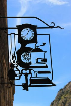 cool cutout sign | Villefranche de Conflent