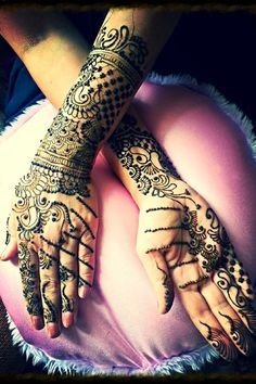 Check out Indian wedding reception couple images and other photos and videos in our gallery. Get inspired for your special day with Maharani Weddings Henna Mehndi, Mehendi, Henna Body Art, Indian Wedding Photos, Indian Wedding Invitations, Mehndi Photo, Wedding Website, Mehndi Designs, Tattoos
