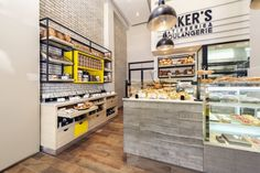 Bakers bakery by Studio 180 Tel Aviv Israel 02 Bakers bakery by Studio Tel Aviv Israel Design Shop, Design Café, Shop Front Design, Shop Interior Design, Cafe Design, Retail Design, Store Design, Bakery Cafe, Cafe Restaurant