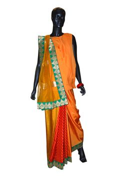 Pop Patola 2 Juicy Tangerine with a forest green embroidered border a good option for a summer wearing.