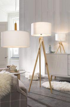 ber ideen zu stehlampe holz auf pinterest stehlampen stehtisch holz und stehleuchte holz. Black Bedroom Furniture Sets. Home Design Ideas