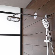 Le style et le design au service de l'eau. Des receveurs de douche en différents matériaux et finitions, qui visent à faire de la salle de bains un espace agréable et fonctionnel adaptable à tous types d'exigences