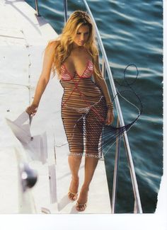 On pages torn from magazines such as Playboy and Penthouse, he clothes the naked women stitch by stitch. Popular Culture, Embroidery Art, Playboy, Bodycon Dress, Feminine, Women's Fashion, Clothes, Dresses, Women's