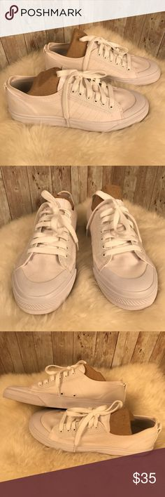 huge discount 0bb7c d5c80 Adidas Nizza white canvas sneakers men s sz 10 The adidas Nizza low  trainers in White from