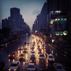 Traffic on a rainy #Bangkok afternoon. Photo by ruben_i