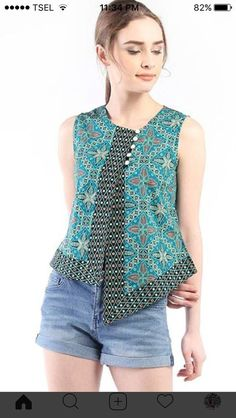 Blouse Batik, Batik Dress, Batik Fashion, Fashion Sewing, Kurta Designs Women, Blouse Designs, Moda Junior, Kids Dress Wear, Baby Frocks Designs