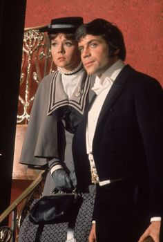 Diana Rigg stars as Miss Sonya Winter with Oliver Reed as Ivan Dragomiloff in 'The Assassination Bureau' 21700521 Old Hollywood Movies, Hollywood Actor, Vintage Hollywood, Classic Hollywood, Mr Deeds, Jean Arthur, Uk Actors, Avengers Images, Emma Peel