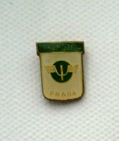 Lokomotiva Praha, another blast from the past of the former Czechoslovakia. A lovely vintage badge.
